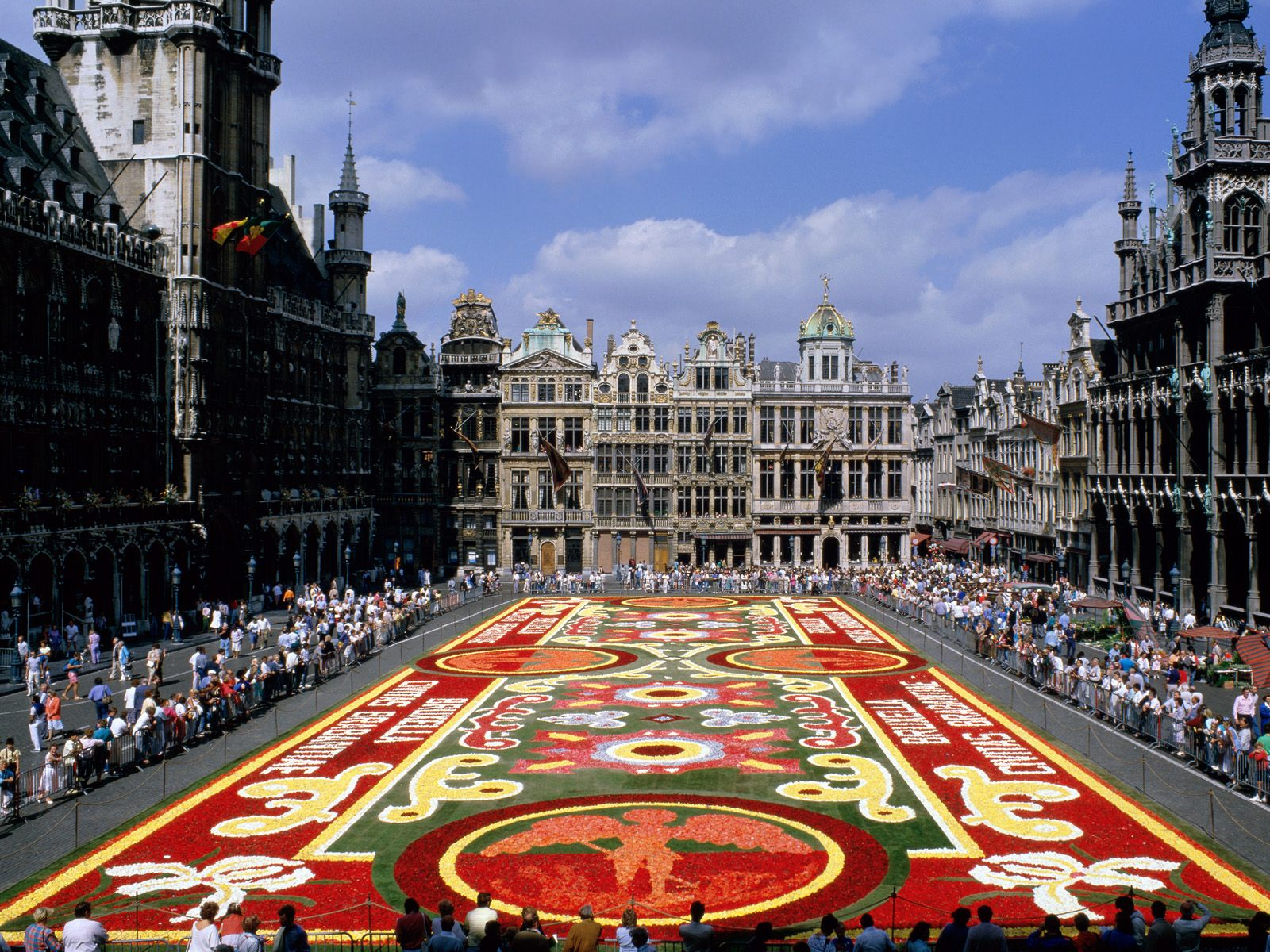grand-place-brussels-belgium