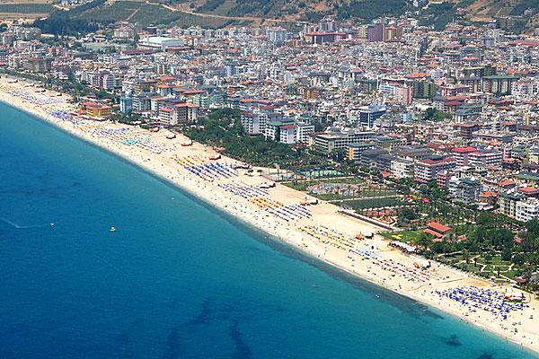 Alanya-Cleopatra-beach-J-Plaan